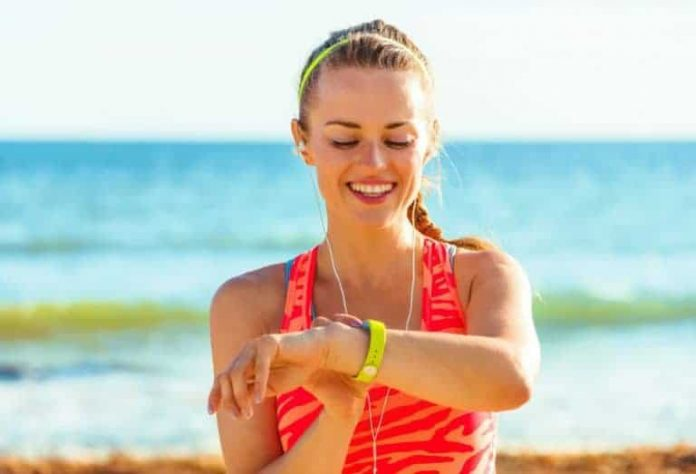 8 Cheapest Activity Wristbands