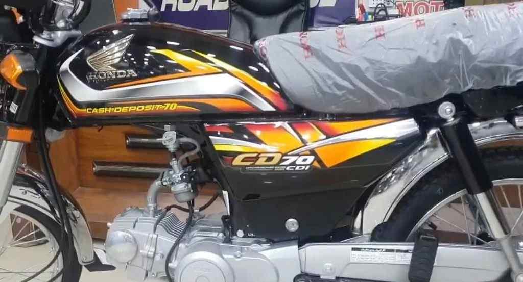 Honda CD70 2022 Black Color